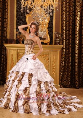 Popular Beautiful Gorgeous Quinceanera Dress Strapless Brush Train Taffeta and Zebra White Ball Gown
