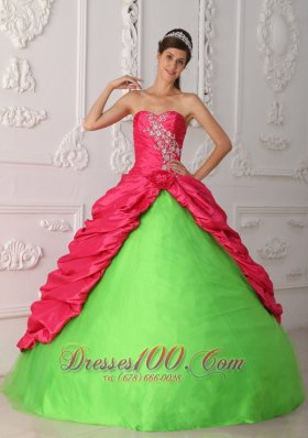 Popular Cute Spring Green and Red Quinceanera Dress Sweetheart Taffeta Appliques and Ruch Ball Gown