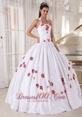 Discount Fashionable White Quinceanera Dress Halter Taffeta Embroidery Ball Gown