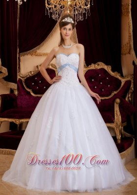 Discount Romantic White Quinceanera Dress Sweetheart Appliques Tulle A-line / Princess