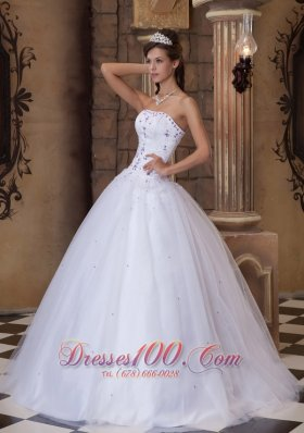 Discount Romantic White Quinceanera Dress Strapless Satin and Tulle Embroidery Ball Gown