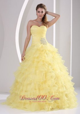 Light Yellow Ruffles Sweetheart Appliques and Ruch Quinceaners Gowns For Military Ball Fashion