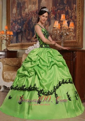 Popular Light Green Quinceanera Dress Straps Appliques Taffeta Ball Gown Fashion