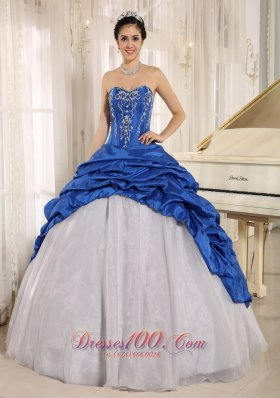 La Plata City Luxurious Blue and White Quinceanera Dress With Embroidery Sweetheart Pick-ups 2013 Fashion