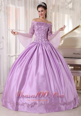 Brand New Lavender Quinceanera Dress Off The Shoulder Taffeta and Organza Appliques Ball Gown Plus Size