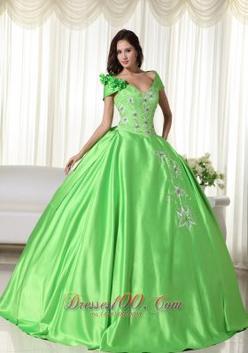 Spring Green Ball Gown Off the Shoulder Floor-length Taffeta Embroidery Quinceanera Dress Plus Size