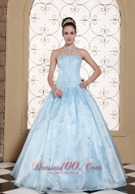 Elegant Light Blue Quinceanera Dress Strapless With Embroidery Bodice and Beading In USA Pretty