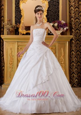 Exquisite White Sweet 16 Dress Strapless Tafftea and Tulle Appliques Ball Gown Pretty