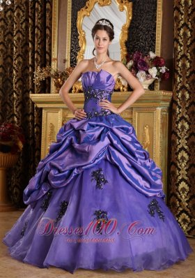 Purple A-Line / Princess Strapless Floor-length Organza Appliques Quinceanera Dress Pretty