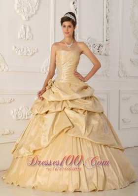 Cheap Modest Champagne Strapless Taffeta Beading Quinceanera Dress A-Line / Princess