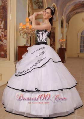 Cheap New White Quinceanera Dress Strapless Organza Embroidery Ball Gown