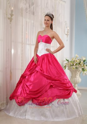 Cheap New Coral Red and White Quinceanera Dress Sweetheart Taffeta Appliques Ball Gown