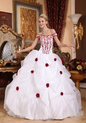 Cheap Low Price White Sweet 16 Dress Off The Shoulder Taffeta and Organza Embroidery Ball Gown