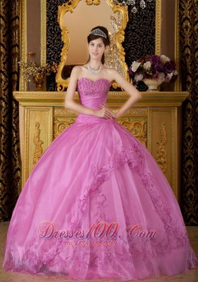 New Pink Quinceanera Dress Sweetheart Appliques Organza Ball Gown  for Sweet 16