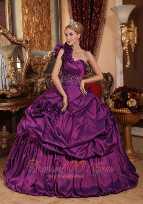 Puffy Informal Purple Quinceanera Dress One Shoulder Taffeta Beading Ball Gown