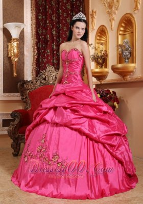 How to Buy Puffy Quinceanera Gowns, Where to Find Puffy ...
