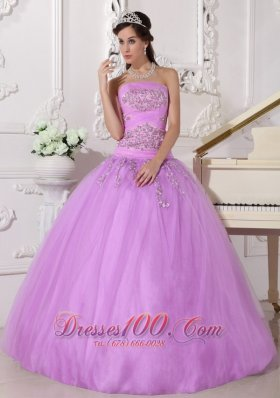 Puffy Pretty Lavender Quinceanera Dress Strapless Taffeta and Tulle Beading Ball Gown