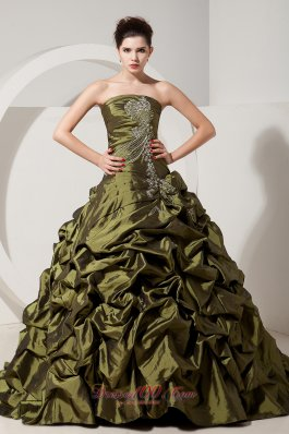 Puffy Beautiful Olive Green A-line / Princess Strapless Sweet 16 Dress Brush Train Taffeta Beading