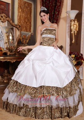 2013 Informal White Quinceanera Dress Strapless Leopard Beading Ball Gown