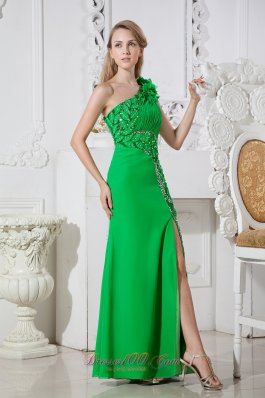 2013 Green One Shoulder Hand Made Flowers Cut Out Prom Dress Floor-length Elastic Wove Satin