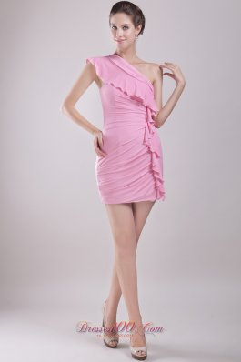 Pink Column One Shoulder Mini-length Chiffon Ruch Prom / Cocktail Dress