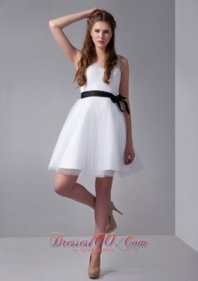 White A-line V-neck Mini-length Tulle and Taffeta Bow Prom Dress