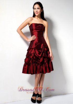 Burgundy A-line Strapless Knee-length Taffeta Pick-ups Prom Dress