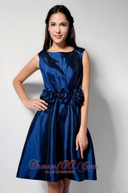 Royal Blue A-line Scoop Knee-length Taffeta Hand Made Flower Prom Dress