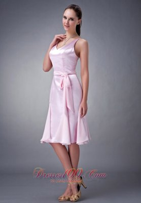 Baby Pink Column / Sheath V-neck Knee-length Chiffon Sash Bridesmaid Dress