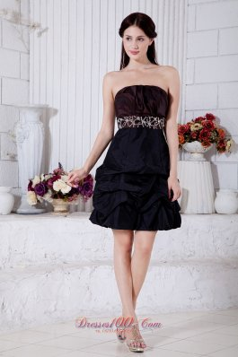 Burgundy and Navy Blue A-line Strapless Mini-length Taffeta Beading Prom / Homecoming Dress