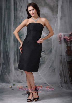 Black A-line Strapless Knee-length Satin Ruch Bridesmaid Dress