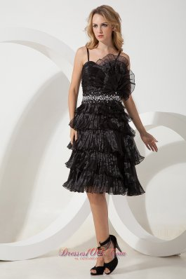 Black A-line / Price Straps Beading Short Prom / Homecoming Dress Knee-length Organza