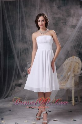 Custom Made White A-line Strapless Homecoming Dress Chiffon Ruch Knee-length  Dama Dresses