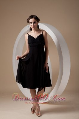 Lovely Black Empire Cocktail Dress Spaghetti Straps Chiffon Ruch and Bow Knee-length  Dama Dresses