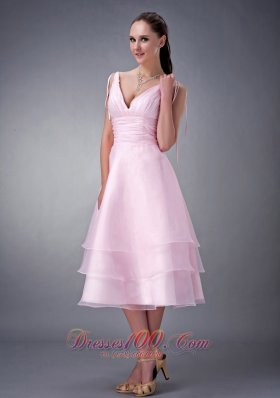 Exclusive Baby Pink A-line / Princess V-neck Bridesmaid Dress Organza Ruch Tea-length  Dama Dresses