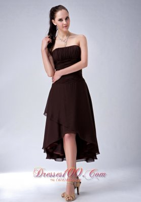 Simple Brown A-line / Princess High-low Bridesmaid Dress Strapless Chiffon Ruch  Under 100