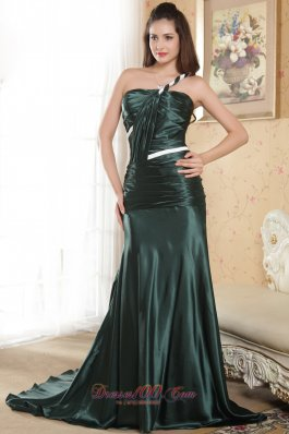2013 Dark Green Column One Shoulder Court Train Elastic Woven Satin Ruch Prom Dress