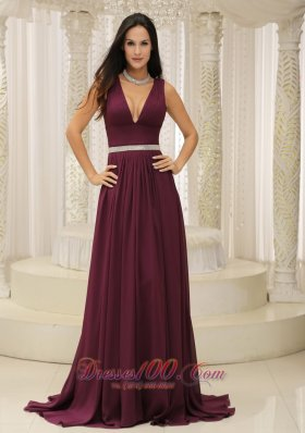 Fashion V-neck Burgundy Brush Train For Mother Of The Bride Dress Belt Customize In Montana