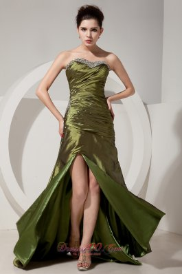Formal Gorgeous Olive Green Prom Dress Column / Sheath Sweetheart Beading and Ruch Brush Train Satin