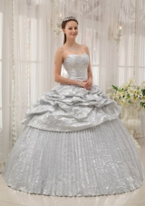 Silver Ball Gown Sweetheart Floor-length Appliques Quinceanera Dress