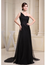 One Shoulder Black Prom Dress With Brush Train