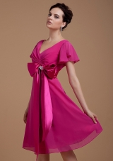 Fuchsia Mother of the Bride Dress With Bowknot Short Sleeves Knee-length Chiffon