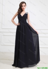 Simple Brush Train V Neck Beaded Prom Dresses in Black