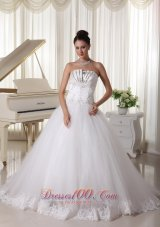 Satin and Tulle Strapless Beaded Decorate Up Bodice Wedding Dress Bridal Gown With Bowknot Back Sweep Train