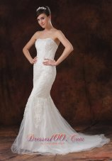 Mermaid / Trumpet Lace Brush / Sweep Tulle Strapless Sexy Wedding Dress