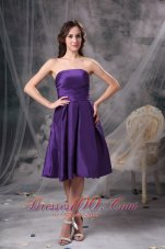 2013 Customize Eggplant Purple Knee-length Bridesmaid Dress A-line Strapless