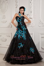2013 Pretty Black A-line / Princess Prom Dress Sweetheart Beading and Appliques Floor-length Chiffon
