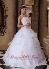 Popular Pretty White Quinceanera Dress Strapless Appliques Satin and Organza Ball Gown