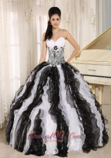 White and Black Ruffles Quinceanera Dress With Appliques Sweetheart For Custom Made In Honolulu City Hawaii Fashion