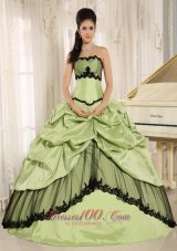 Yellow Green and Black Pick-ups Appliques Quinceanera Dress For Custom Made In Kamuela City Hawaii Taffeta Fashion